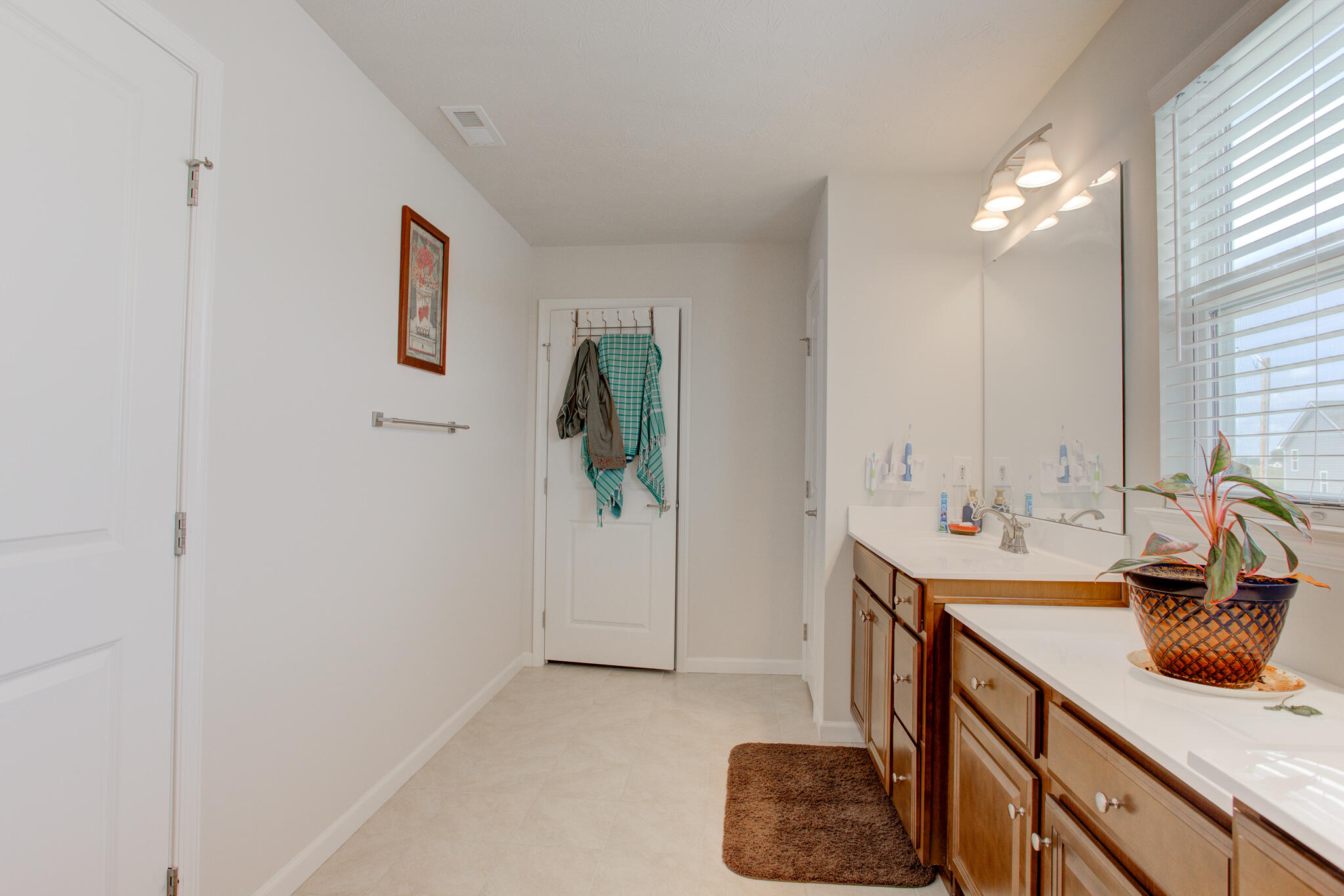 1116 Red Maple Drive Property Photo 23