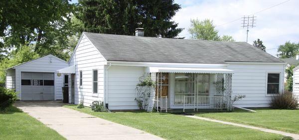 2101 N Hadley Road Property Photo 1