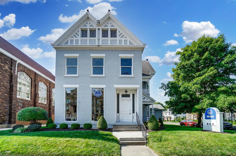 220 W Main Street Property Photo