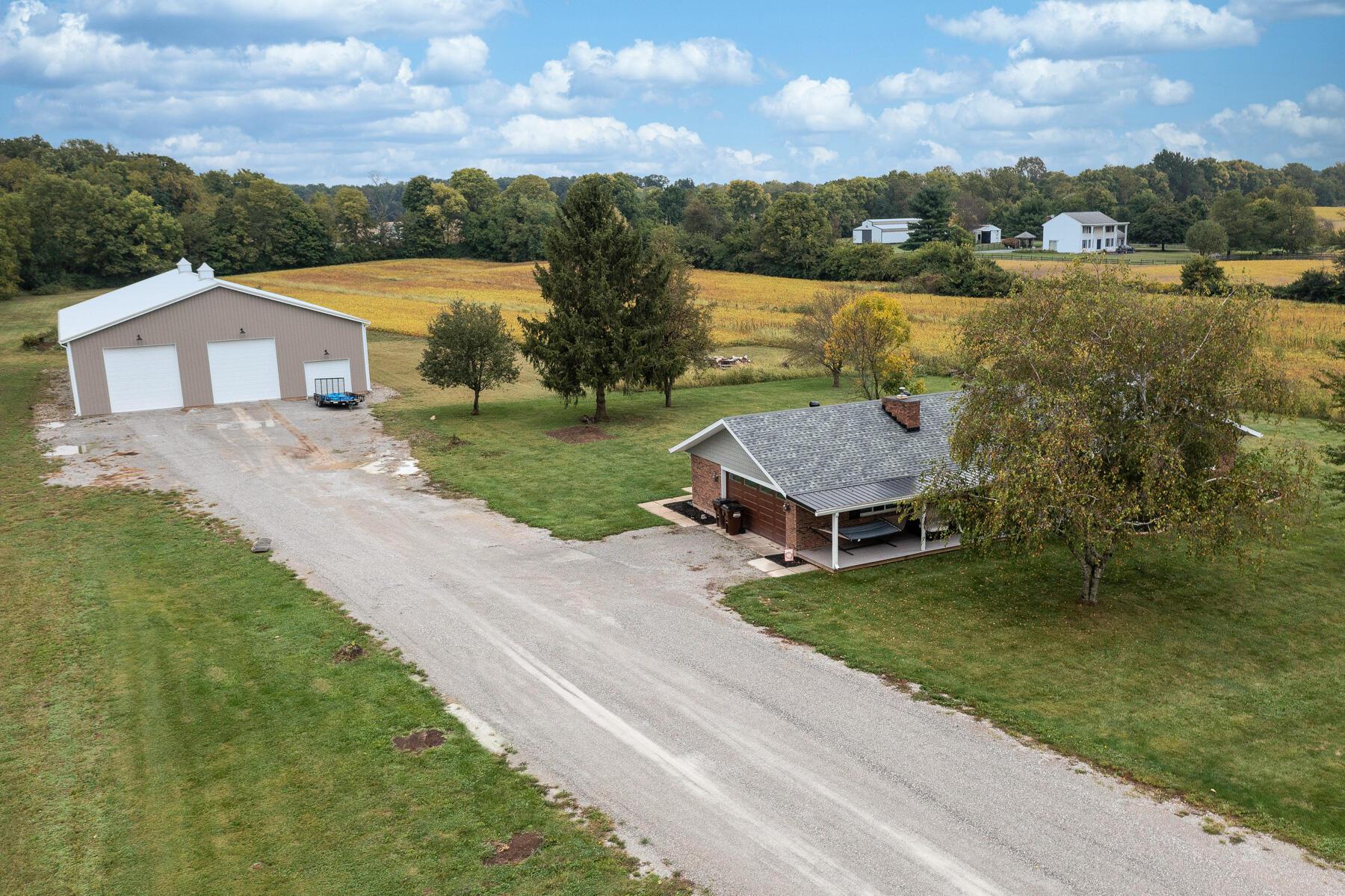 8877 E State Route 41 Property Photo