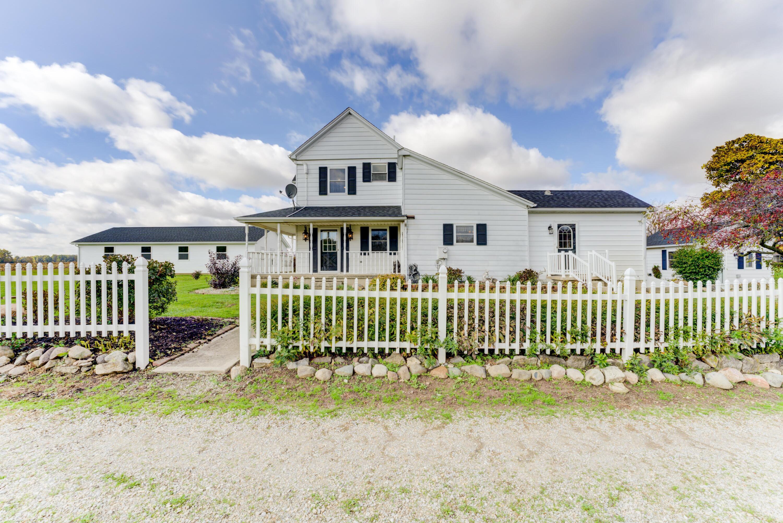 9172 Oakes Road Property Photo