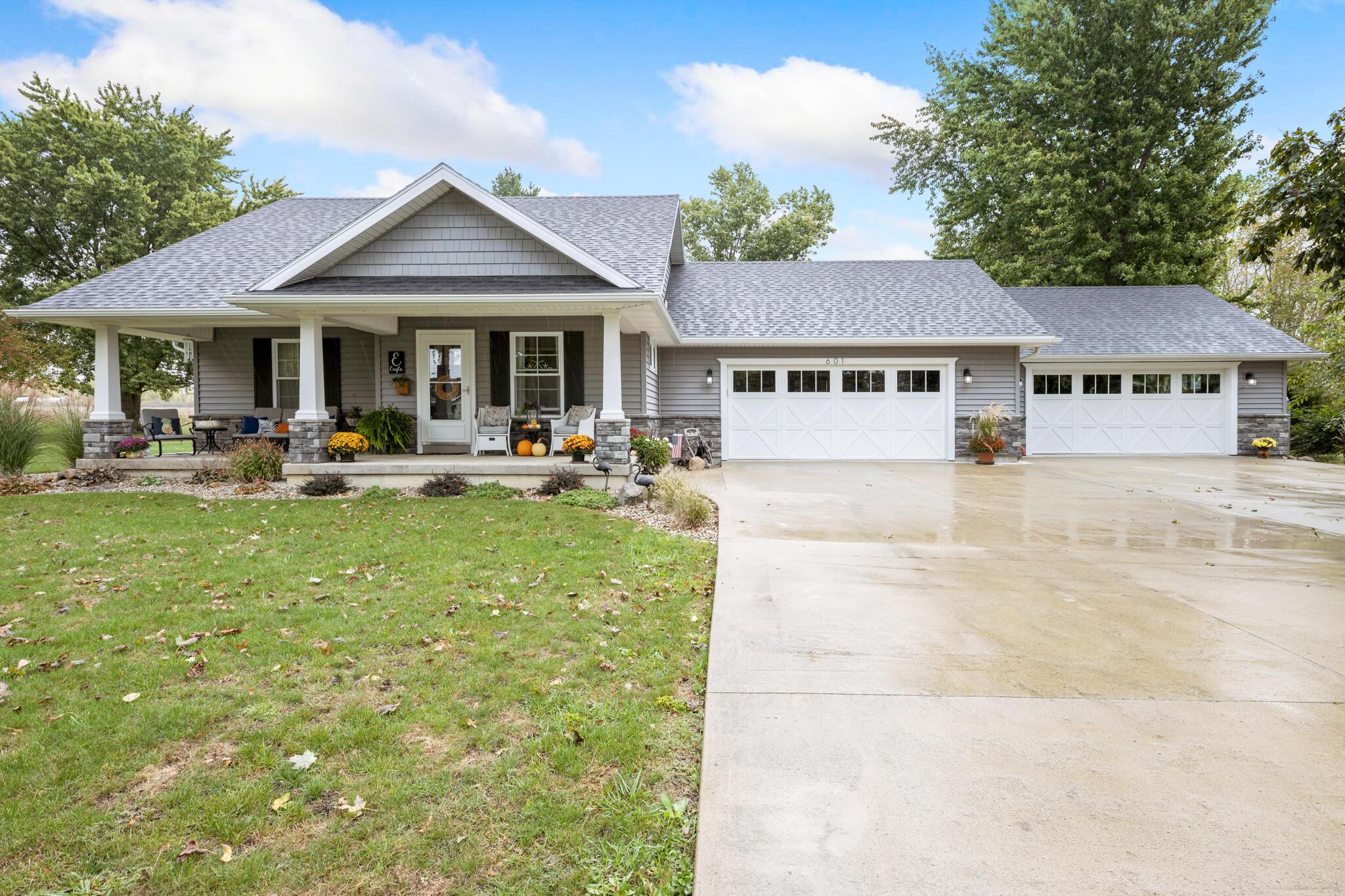 601 Charles Street Property Photo
