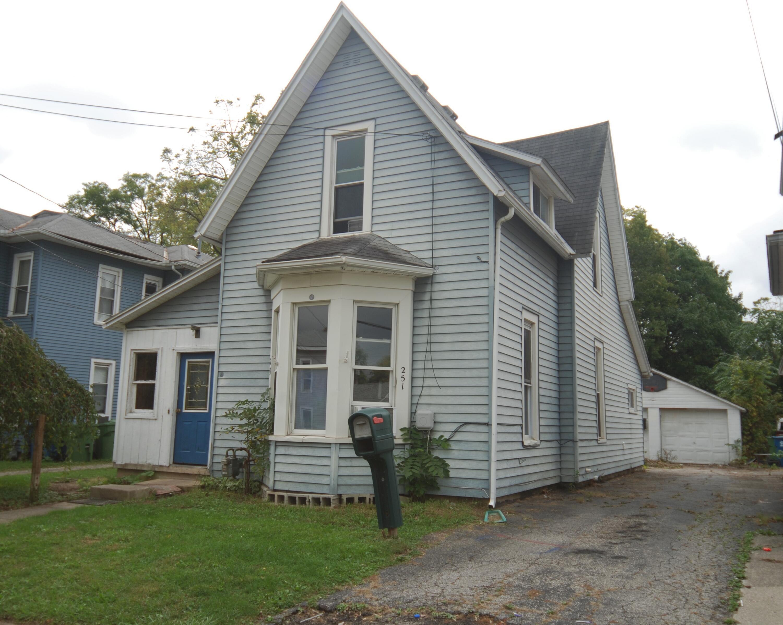 251 W 3rd Street Property Photo