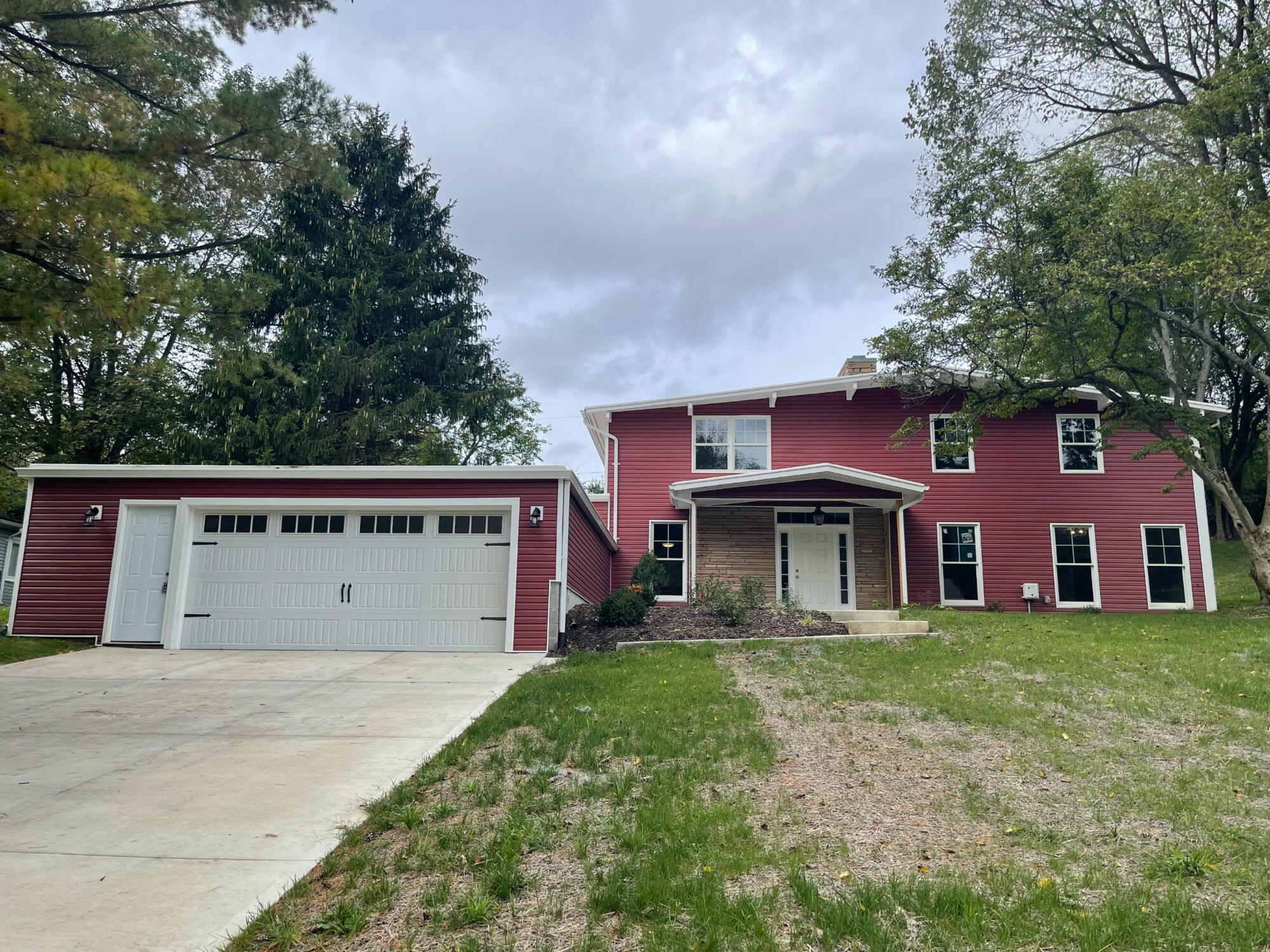 242 Meadow Lane Property Photo 1