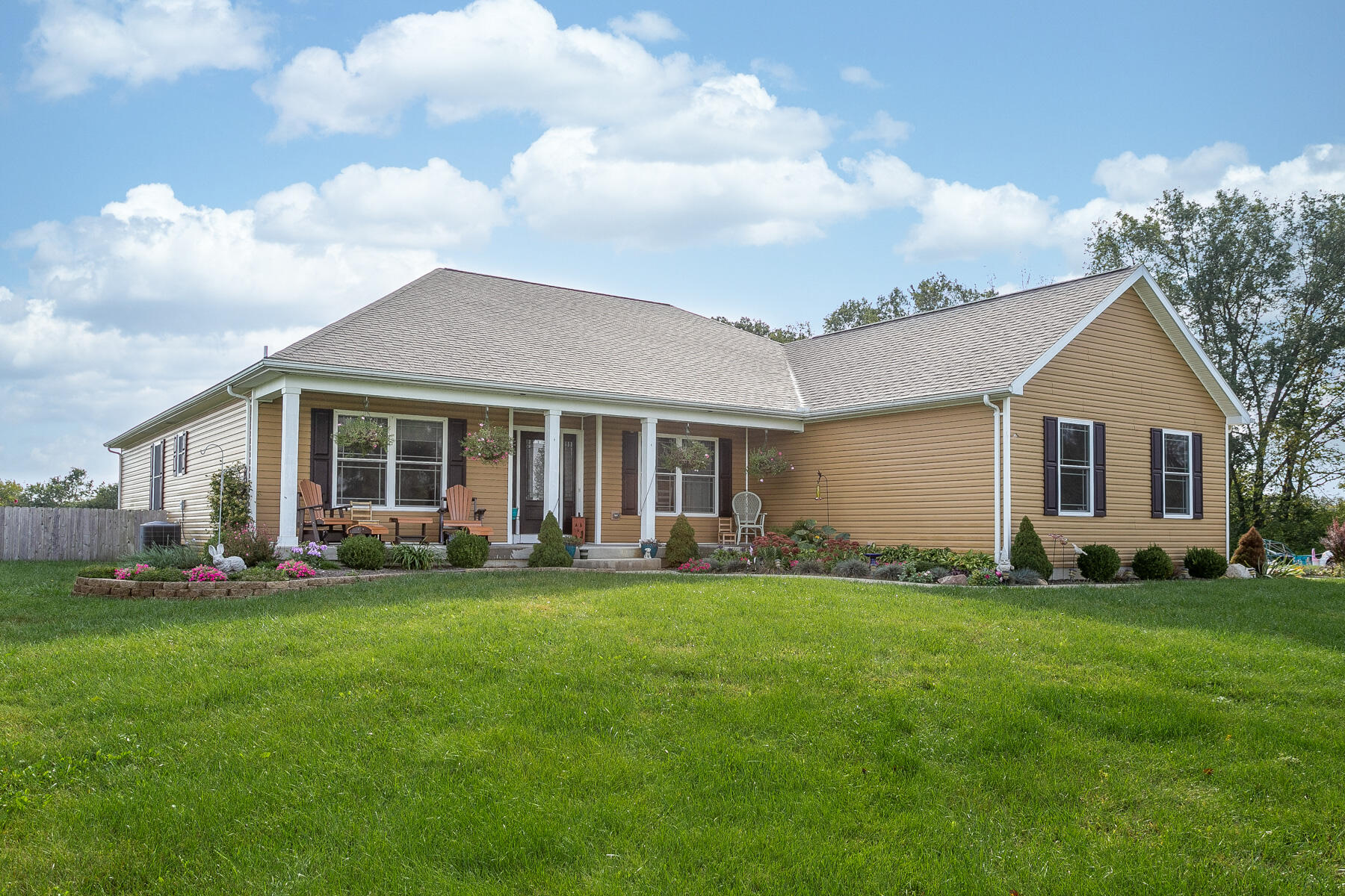 45312 Real Estate Listings Main Image