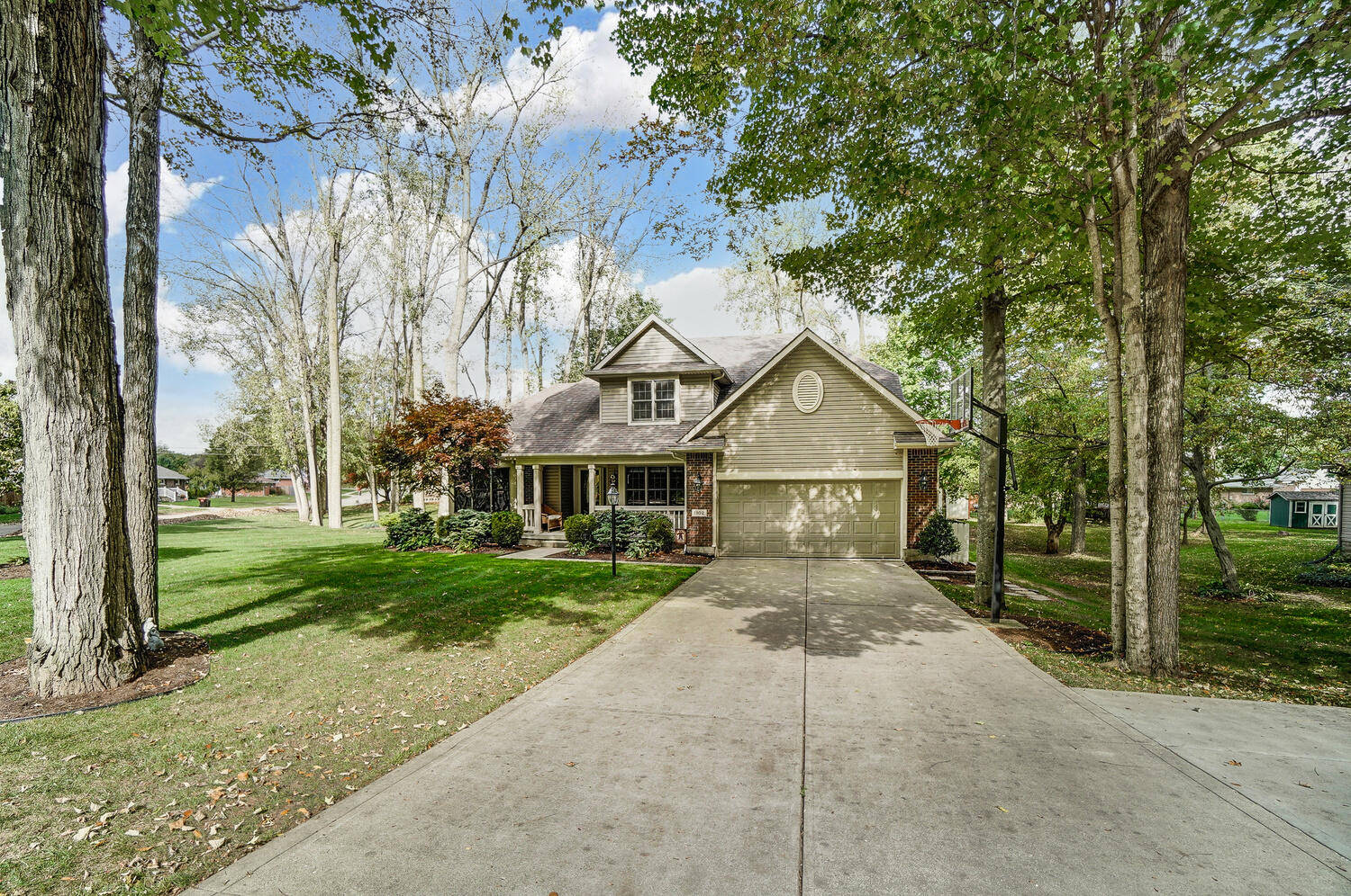 1102 Woodhaven Court Property Photo 1