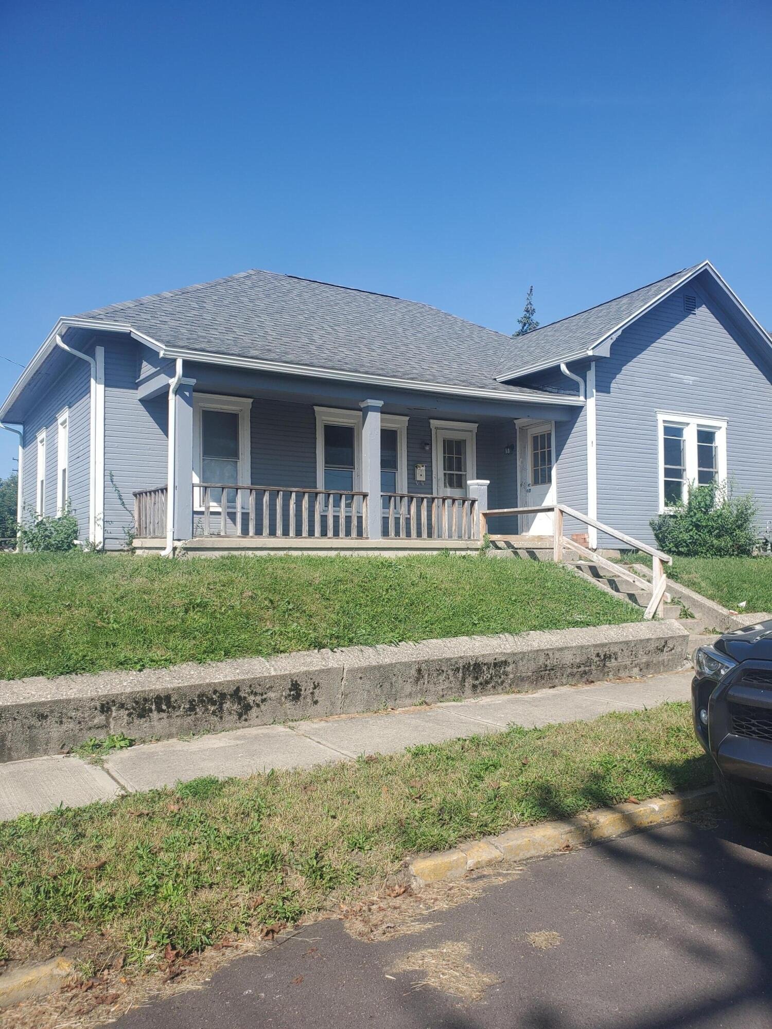 18 N Cedar Street Property Photo 1