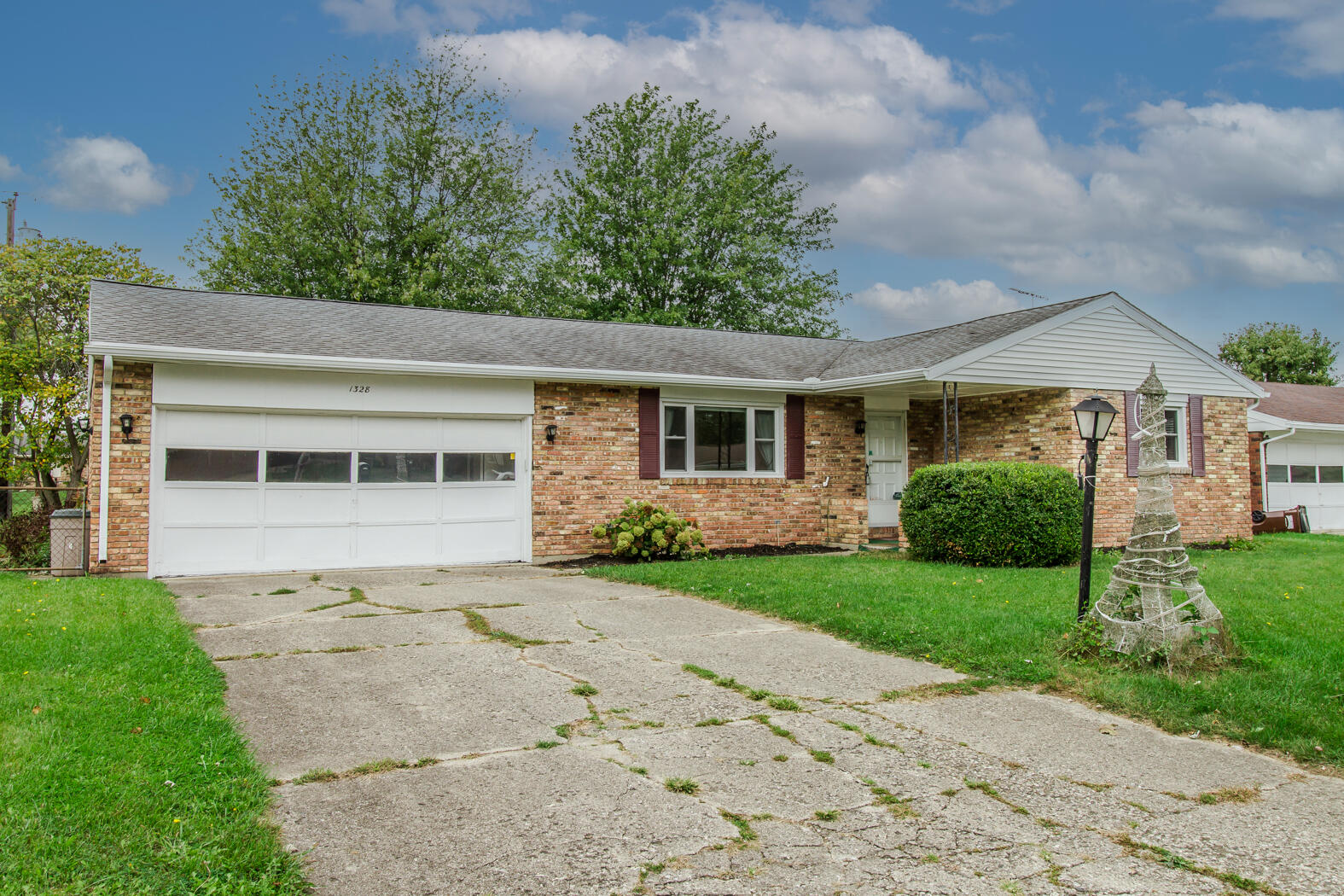 1328 Highland Drive Property Photo