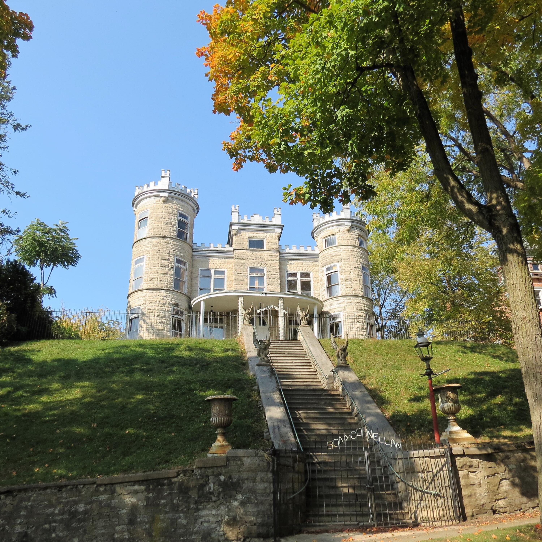 105 N Walnut Avenue Property Photo 1