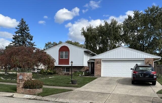 8930 Swinging Gate Drive Property Photo 1