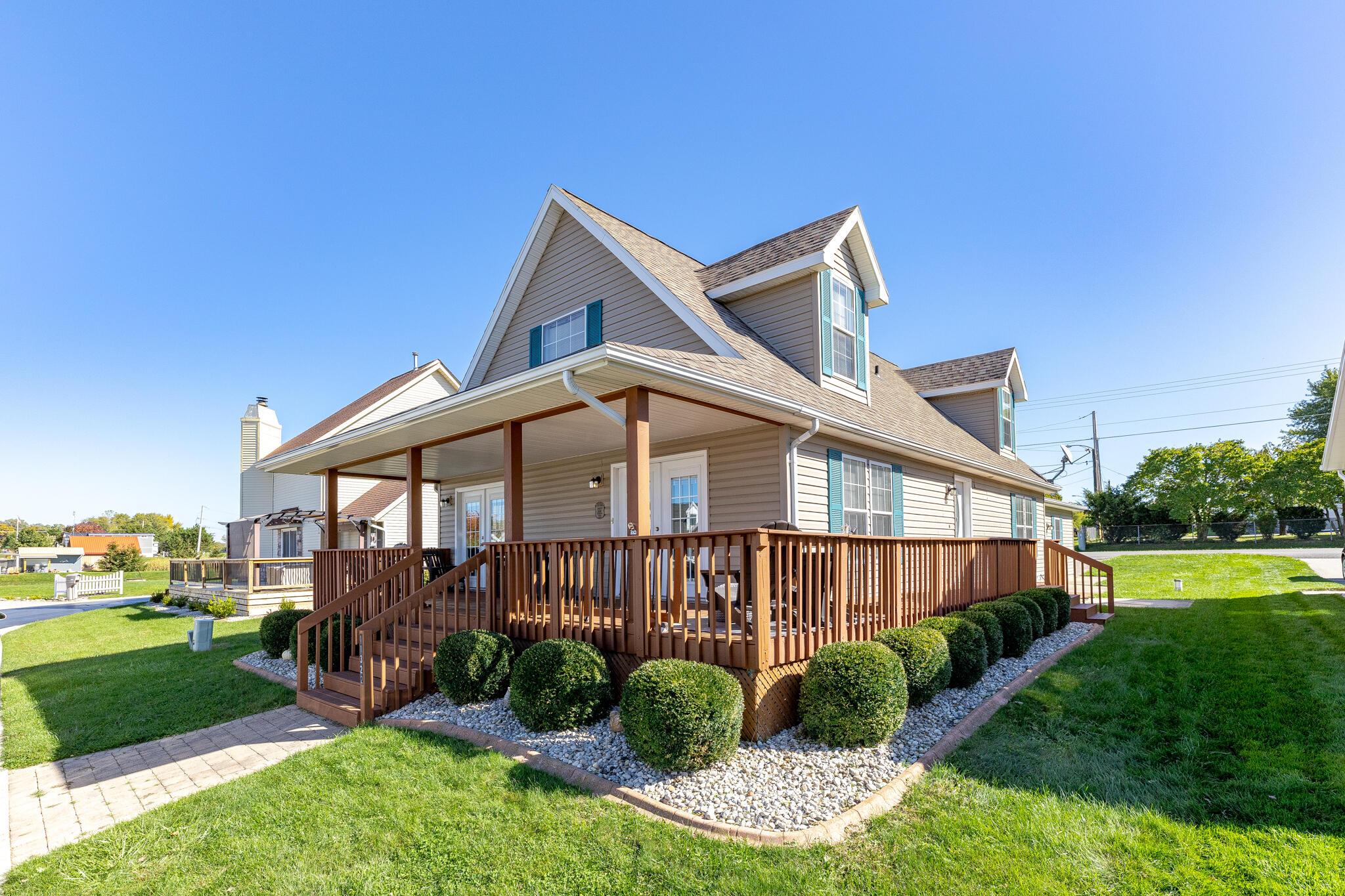 11322 Northlake Drive Property Photo