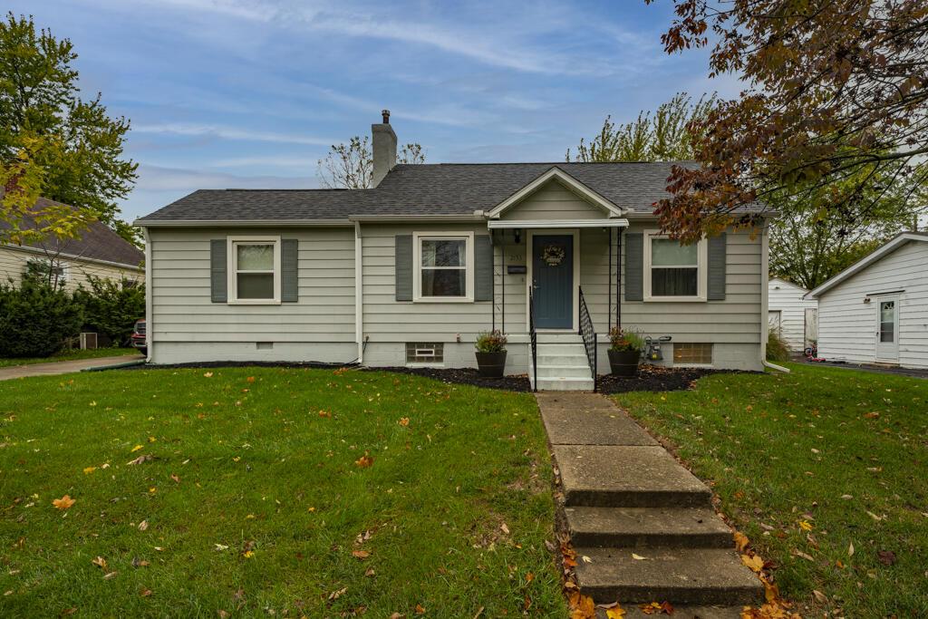 2153 Courtland Avenue Property Photo