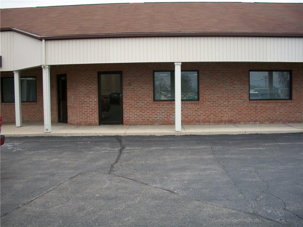 1472 E Us Highway 36 Highway Property Photo 1