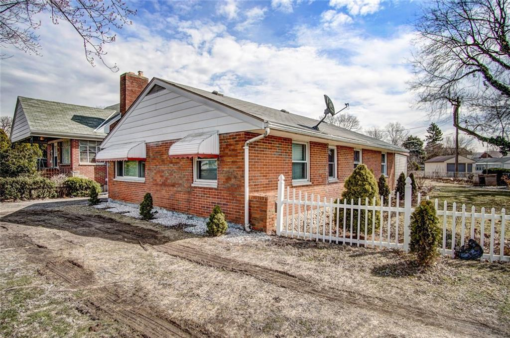 1128 Troy Property Photo - Dayton, OH real estate listing